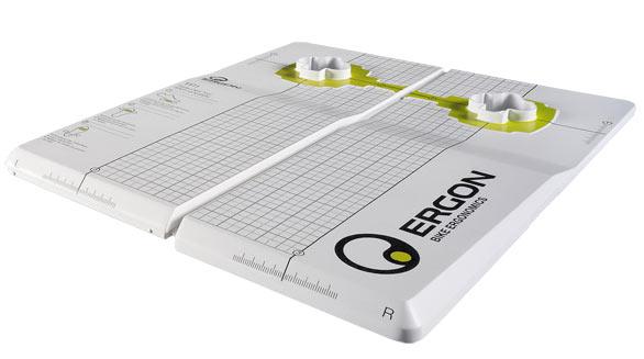 ergon_pedal_clip_tool